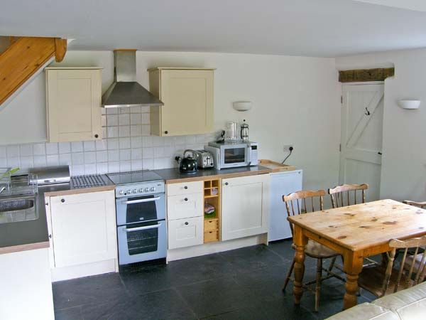 Open Kitchen Diner | Llyn Clwyd Self Catering | Glan Clwyd Isa